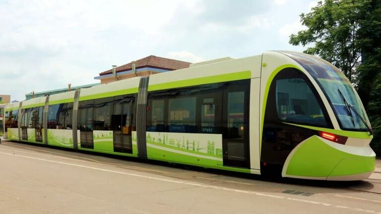 5-Module Ultra-Capacitor Tram