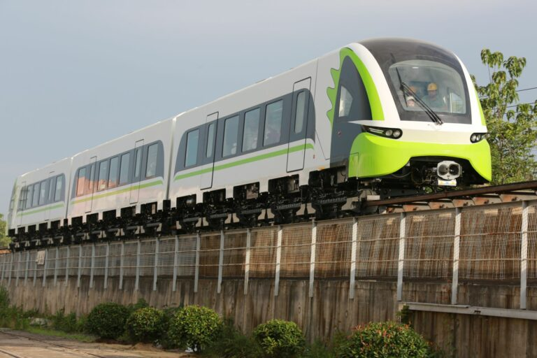 160 km/h Maglev Train